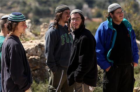 Des colons juifs
