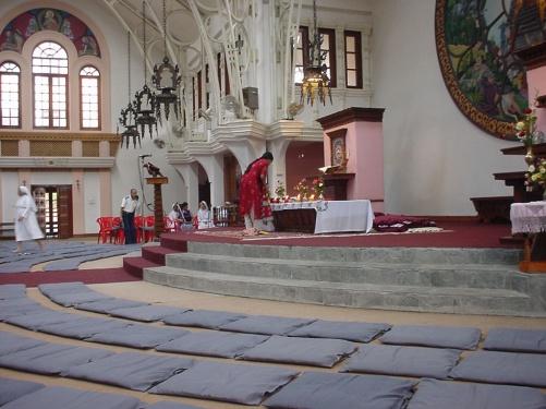 Une église au Népal